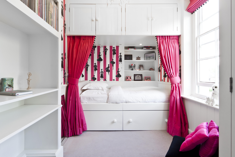 Hitta mer om rosa på roomly.se