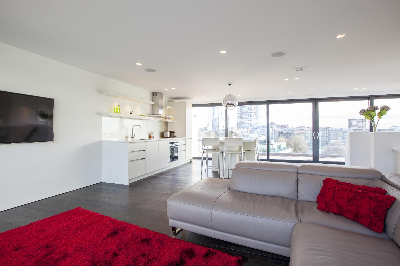 Hitta inspiration fantastisk utsikt från sovrum med fjällen och ...