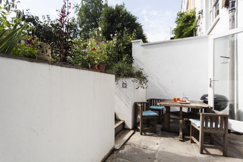 Hitta inspiration till trädgården - Roomly.se